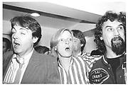 Paul and Linda McCartney and Billy Connolly, Hamiltons 23/9/82© Copyright Photograph by Dafydd Jones 66 Stockwell Park Rd. London SW9 0DA Tel 020 7733 0108 www.dafjones.com