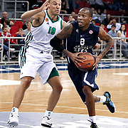 Anadolu Efes's Terence KINSEY (R) and Panathinaikos's Sarunas JASIKEVICIUS (L) during their Two Nations Cup basketball match Anadolu Efes between Panathinaikos at Abdi Ipekci Arena in Istanbul Turkey on Saturday 01 October 2011. Photo by TURKPIX
