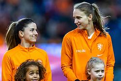 05-04-2019 NED: Netherlands - Mexico, Arnhem<br /> Friendly match in GelreDome Arnhem. Netherlands win 2-0 / Danielle van de Donk #10 of The Netherlands, Vivianne Miedema #9 of The Netherlands
