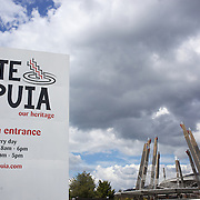 The carved contemporary entrance to Te Puia, Rotorua. Te Puia is the premier Maori cultural centre in New Zealand - a place of gushing waters, steaming vents, boiling mud pools and spectacular geysers. Te Puia also hosts National Carving and Weaving Schools and  daily maori culture performances including dancing and singing. Rotorua, 8th December 2010 New Zealand.  Photo Tim Clayton.