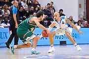 DESCRIZIONE : Eurocup 2014/15 Last32 Dinamo Banco di Sardegna Sassari -  Banvit Bandirma<br /> GIOCATORE : David Logan<br /> CATEGORIA : Difesa Controcampo<br /> SQUADRA : Dinamo Banco di Sardegna Sassari<br /> EVENTO : Eurocup 2014/2015<br /> GARA : Dinamo Banco di Sardegna Sassari - Banvit Bandirma<br /> DATA : 11/02/2015<br /> SPORT : Pallacanestro <br /> AUTORE : Agenzia Ciamillo-Castoria / Luigi Canu<br /> Galleria : Eurocup 2014/2015<br /> Fotonotizia : Eurocup 2014/15 Last32 Dinamo Banco di Sardegna Sassari -  Banvit Bandirma<br /> Predefinita :