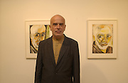 Francesco Clemente. Francesco Clemente. Gagosian Gallery. 25 June 2002. © Copyright Photograph by Dafydd Jones 66 Stockwell Park Rd. London SW9 0DA Tel 020 7733 0108 www.dafjones.com