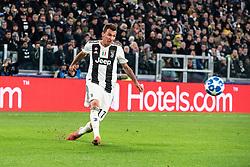 November 27, 2018 - Turin, Piedmont/Turin, Italy - Mario Mandzukic of Juventus during the Champions League match Juventus vs Valencia. Juventus won 1-0 at Allianz Stadium in Turin on the 27th november 2018  (Credit Image: © Alberto Gandolfo/Pacific Press via ZUMA Wire)