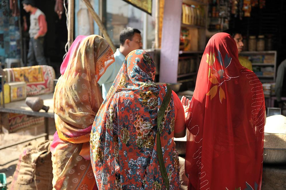 Women shopping at Jodphur's market stalls