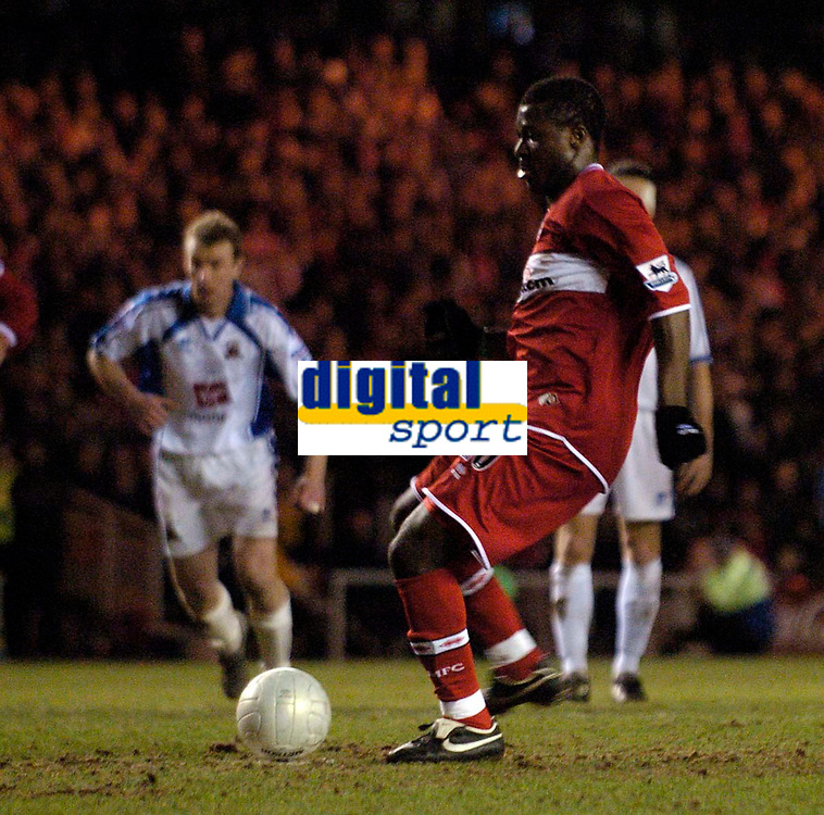 Photo: Jed Wee.<br /> Middlesbrough v Nuneaton Borough. The FA Cup. 17/01/2006.<br /> <br /> Middlesbrough's Yakubu scores from the penalty spot.