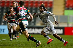 Marland Yarde of Sale Sharks tracks the run of Freddie Steward of Leicester Tigers  - Mandatory by-line: Nick Browning/JMP - 29/01/2021 - RUGBY - Mattioli Woods Welford Road - Leicester, England - Leicester Tigers v Sale Sharks - Gallagher Premiership Rugby