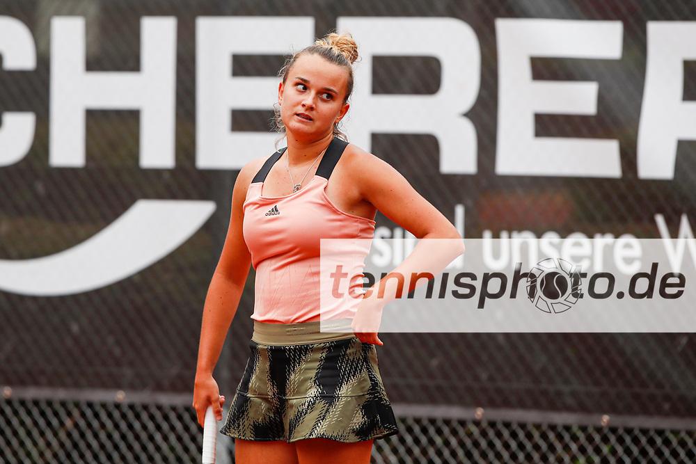 Clara Burel (FRA) - WTO Wiesbaden Tennis Open - ITF World Tennis Tour 80K, 26.9.2021, Wiesbaden (T2 Sport Health Club), Deutschland, Photo: Mathias Schulz