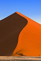 July 21, 2019 - Sand Dune, Sossusvlei, Namib Desert, Namibia, Africa (Credit Image: © Carson Ganci/Design Pics via ZUMA Wire)
