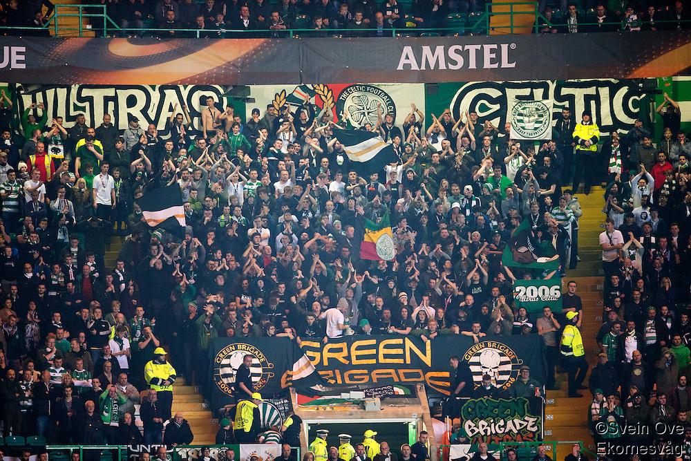 UEFA Europa League 2015: Celtic - Molde. Celtics supportere i Europa League kampen mellom Celtic og Molde på Celtic Park.
