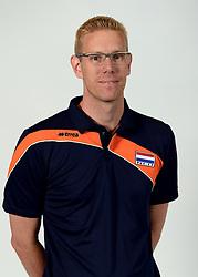 13-05-2014 NED: Selectie Nederlands volleybal team mannen, Arnhem<br /> Op Papendal werd het Nederlands team volleybal seizoen 2014-2015 gepresenteerd / Bart Jan van der Mark