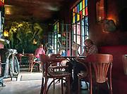 """Pub """"Mechanoff"""" na Placu Nowym na krakowskim Kazimierzu.<br /> """"Mechanoff"""" Pub at New Square on Krakow's Kazimierz."""
