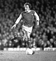 Fotball<br /> England <br /> Foto: Colorsport/Digitalsport<br /> NORWAY ONLY<br /> <br /> Sammy Nelson - Arsenal. Arsenal v Manchester City, League Cup Qtr. finals 29/1/78.