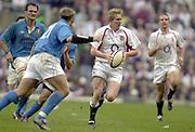 Twickenham, Surrey, 9th March2003, Six nations International Rugby,  RFU Stadium, England, [Mandatory Credit; Peter Spurrier/Intersport Images]<br /> Photo Peter Spurrier<br /> 09/03/2003<br /> RBS Six Nations Rugby England v Italy<br /> Ollie Smith