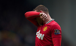 29.10.2011, Goodison Park, Liverpool, ENG, PL, Everton FC vs Manchester United FC, im Bild Manchester United's Wayne Rooney looks dejected during the Premiership match against Everton at Goodison Park // during FA Premiere League Football match between Everton and vs Manchester United FC at Goodison Park, Liverpool, United Kingdom on 29/10/2011. EXPA Pictures © 2011, PhotoCredit: EXPA/ Propaganda Photo/ Vegard Grott +++++ ATTENTION - OUT OF ENGLAND/GBR+++++