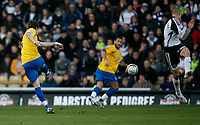 Photo: Steve Bond/Richard Lane Photography. Derby County v Crystal Palace. Coca Cola Championship. 06/12/2008. Paddy McCarthy (L) fires Palace into an early lead