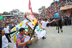 September 15, 2016 - Kathmandu, Nepal - Relic of Lord Ganesh carried dancing in the ritual tunes on the third day of Indra Jatra Festival celebrated at Basantapur Durbar Square, Kathmandu. Devotees celebrated the god of rain 'Indra' for 8 days in Kathmandu. (Credit Image: © Narayan Maharjan/Pacific Press via ZUMA Wire)