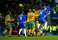 Fotball<br /> Premier League England 2004/2005<br /> 18.12.2004<br /> Foto: BPI/Digitalsport<br /> NORWAY ONLY<br /> <br /> Chelsea v Norwich City<br /> FA Barclays Premiership.<br /> 18/12/2004<br /> <br /> Didier Drogba heads in the 4th for Chelsea.