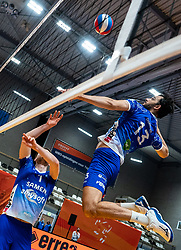 Hossein Ghanbari or Lycurgus in action during the cup final. The final was to be played on April 5, but was postponed for several weeks due to the corona virus.