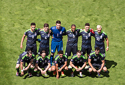 LENS, FRANCE - Thursday, June 16, 2016: Wales' players line up for a team group photograph before the UEFA Euro 2016 Championship Group B match against England at the Stade Bollaert-Delelis. Back row L-R: Hal Robson-Kanu, Ben Davies, goalkeeper Wayne Hennessey, captain Ashley Williams, James Chester, Aaron Ramsey. Front row L-R: Gareth Bale, Joe Allen, Neil Taylor, Chris Gunter, Joe Ledley. (Pic by Paul Greenwood/Propaganda)