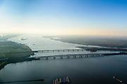 Nederland, Zuid-Holland, Hollands Diep, 07-02-2018; Hollandsch Diep, de grens tussen Brabant en Zuid-Holland met spoorbruggen en brug voor het autoverkeer. HSL-brug en de Moerdijkspoorbrug in de voorgrond. Foto richting Moerdijk (in westelijke richting). <br /> Railwaybridges across Hollandsch Diep.<br /> luchtfoto (toeslag op standard tarieven);<br /> aerial photo (additional fee required);<br /> copyright foto/photo Siebe Swart