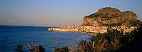 Cefalu. Sicily. Italy. // Italie. Sicile. Céfalu.
