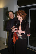 Will Travers and Rula Lenska. Cocktail party celebrating Born Free Foundation 21 years anniversary.  Royal Geographical Society, Kensington Gore. 14 march 2005. ONE TIME USE ONLY - DO NOT ARCHIVE  © Copyright Photograph by Dafydd Jones 66 Stockwell Park Rd. London SW9 0DA Tel 020 7733 0108 www.dafjones.com