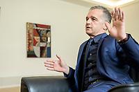 24 JUL 2020, BERLIN/GERMANY:<br /> Heiko Maas, SPD, Bundesaussenminister, waehrend einem Interview, in seinem Buero, Auswaertiges Amt<br /> IMAGE: 20200724-01-040<br /> KEYWORDS: Buero