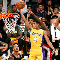 10-11 TRAIL BLAZERS AT LAKERS