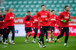 25.03.2016, Stadium Municipal, Wroclaw, POL, Training Fußballnationalmannschaft Polen, im Bild Robert Lewandowski // during a practice session of Polish national football team before tomorrow friendly match between Poland and Finland at the Stadium Municipal in Wroclaw, Poland on 2016/03/25. EXPA Pictures © 2016, PhotoCredit: EXPA/ Newspix/ Sebastian Borowski<br /> <br /> *****ATTENTION - for AUT, SLO, CRO, SRB, BIH, MAZ, TUR, SUI, SWE only*****