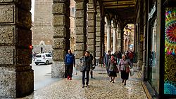 People walking in the Piazza Maggiore, Bologna, Italy<br /> <br /> (c) Andrew Wilson | Edinburgh Elite media