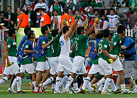 Photo: Glyn Thomas.<br />Mexico v Iran. Group D, FIFA World Cup 2006. 11/06/2006.<br /> Mexico's players celebrate a 3-1 victory over Iran.