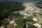 Gold Mining informal<br /> Arimu<br /> GUYANA<br /> South America