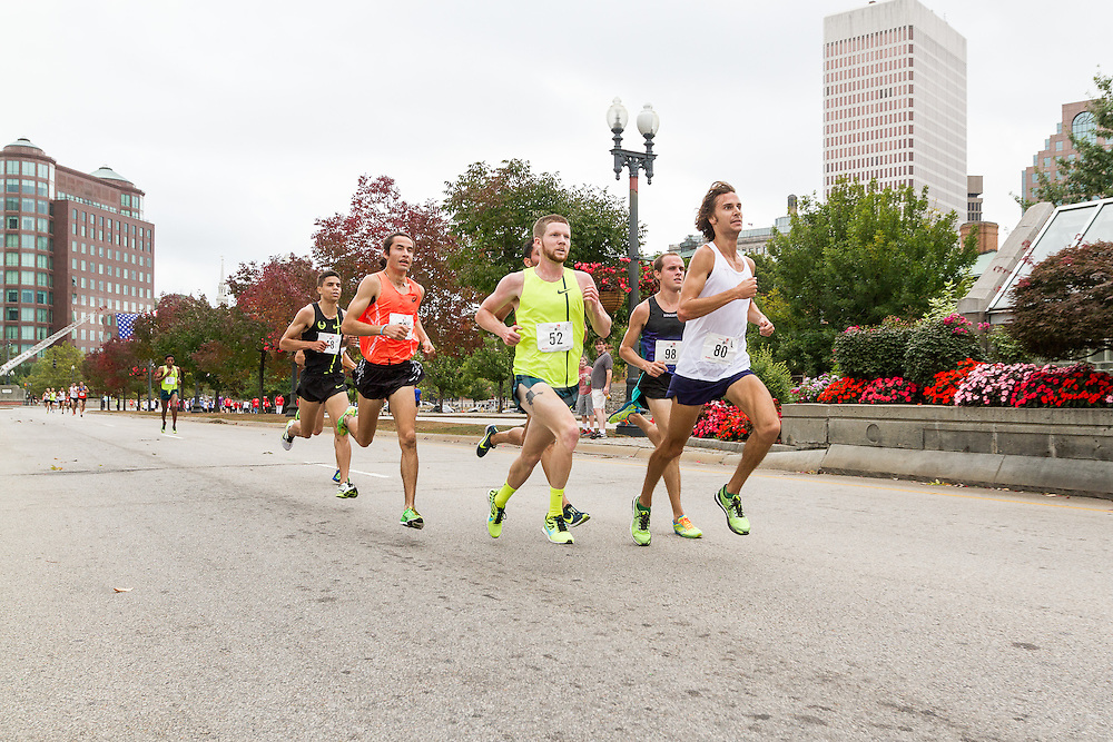 CVS Health Downtown 5k, USA 5k road championship, lead pack of men with quarter mile to go, Jimmy Spisak (80), Trevor Dunbar (52), eventual winner Diego Estrada (53)