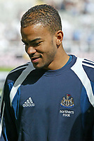 Fotball<br /> Foto: SBI/Digitalsport<br /> NORWAY ONLY<br /> <br /> Newcastle United v Tottenham Hotspurs<br /> Barclays Premiership, St James Park, Newcastle upon Tyne 21/08/2004.<br /> <br /> Newcastle's Kieron Dyer thinks about his future at Newcastle United.