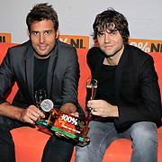 NLD/Hilversum/20130109 - Uitreiking 100% NL Awards 2012, Nick Schilder en Simon Keizer winnen de Award 'Album van het Jaar'
