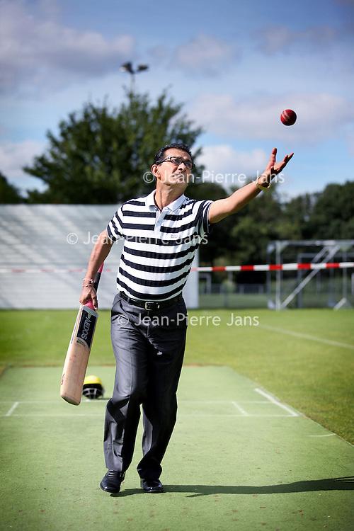Nederland, Amsterdam , 6 september 2012..Cricket voorzitter Shyam Tewarie.Foto:Jean-Pierre Jans