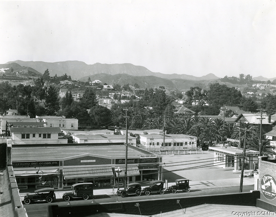 1924 Hollywood Blvd. west of Whitley Ave.