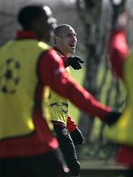 Photo: Paul Thomas.<br />Manchester United training session. UEFA Champions League. 06/03/2007.<br />Man Utd's Henrik Larsson (C) during training.