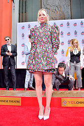 May 1, 2019 - Los Angeles, Kalifornien, USA - Kaley Cuoco bei der Handprints Ceremony am TCL Chinese Theatre Hollywood. Los Angeles, 01.05.2019 (Credit Image: © Future-Image via ZUMA Press)