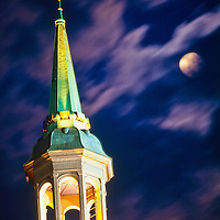 achitecture;moody;Johns Hopkins Dome with clouds in motion and moon in background