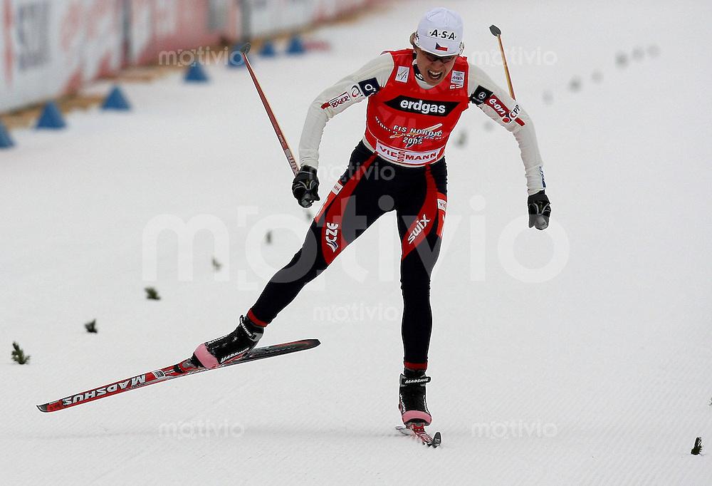 Sapporo , 270207 , Nordische Ski Weltmeisterschaft  Frauen 10km Freistil ,  Katerina NEUMANNOVA (CZE)