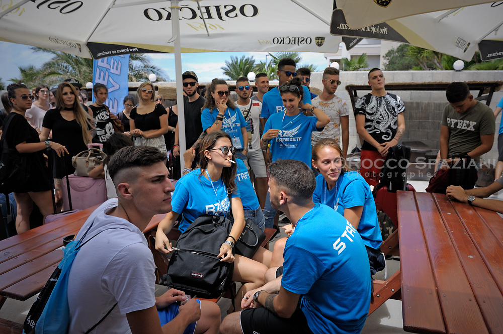 Errezeta Eventi una delle migliori organizzazioni di viaggi evento in Italia, ho avuto il piacere di partecipare come fotografo nella fantastica Isola di Pag, Croazia