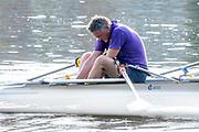 Henley-On-Thames, Berkshire, UK., Wednesday,  12/08/2020, Masters  Athletes,  making adjustments during training,  [ Mandatory Credit © Peter Spurrier/Intersport Images], , Training during, the  coronavirus (COVID-19), pandemic,