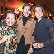 NLD/Amsterdam/20181126 - Maxima reikt Pr. Bernhard Cultuurfondsprijs uit, Prinses Marilene samen met vriendinnen