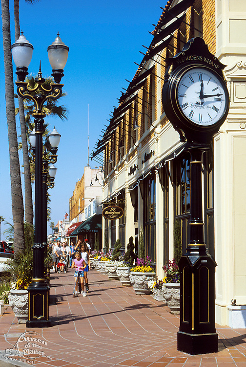 Ocean Front Near 21st Street, Balboa Peninsula, Newport Beach, California (OC)