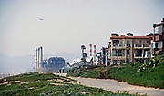 El Segundo Oil Refinery Next to Ocean View Homes