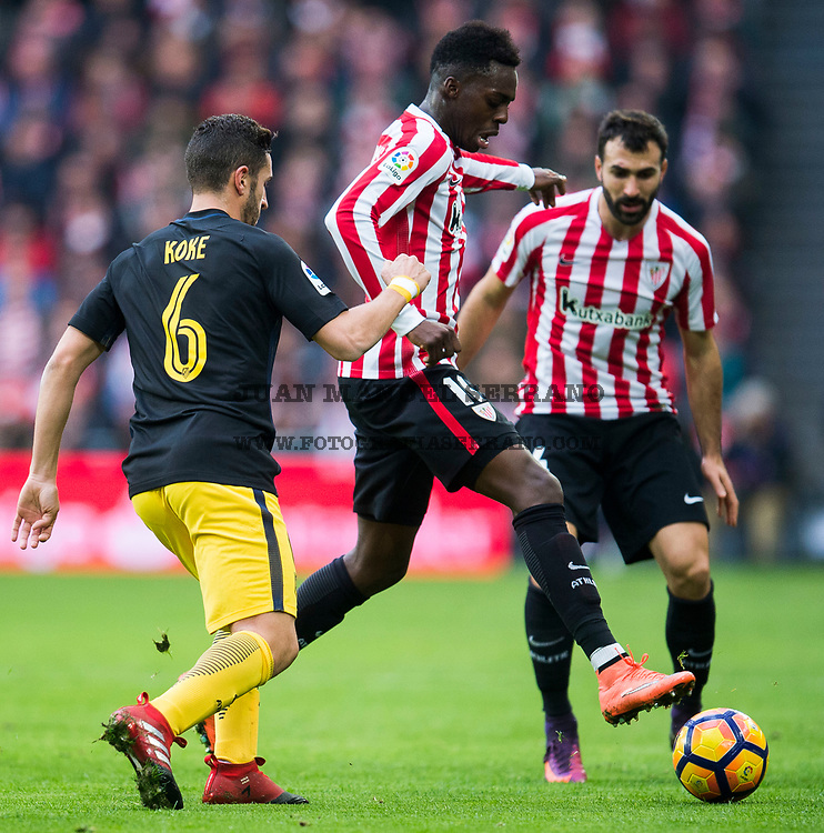BILBAO, SPAIN - JANUARY 22:  Jorge Resurreccion 'Koke' of Atletico Madrid competes for the ball with Inaki Willams of Athletic Club during the La Liga match between Athletic Club Bilbao and Atletico Madrid at San Mames Stadium on January 22, 2017 in Bilbao, Spain.  (Photo by Juan Manuel Serrano Arce/Getty Images)