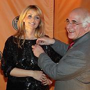 NLD/Bussum/20080305 - Harpen Gala 2008, Gouden Harp winnaar Candy Dulfer uitgereikt door Frits Spits