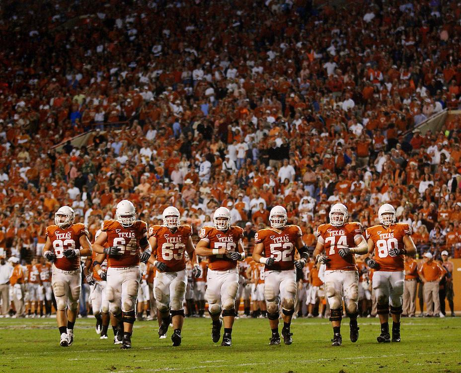 Offensive Line, Texas Longhorns. Texas A&M at Texas. Darrell K. Royal-Texas Memorial Stadium, Austin, TX. Thursday November 27, 2008. Photograph © 2008 Darren Carroll.