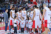 DESCRIZIONE : Pesaro Lega A 2011-12 Scavolini Siviglia Pesaro Banco Di Sardegna Sassari<br /> GIOCATORE : team<br /> CATEGORIA : before ci vuole cuore team maglia<br /> SQUADRA : Scavolini Siviglia Pesaro<br /> EVENTO : Campionato Lega A 2011-2012<br /> GARA : Scavolini Siviglia Pesaro Banco Di Sardegna Sassari<br /> DATA : 22/04/2012<br /> SPORT : Pallacanestro<br /> AUTORE : Agenzia Ciamillo-Castoria/C.De Massis<br /> Galleria : Lega Basket A 2011-2012<br /> Fotonotizia : Pesaro Lega A 2011-12 Scavolini Siviglia Pesaro Banco Di Sardegna Sassari<br /> Predefinita :